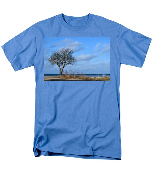 Bare Single Tree Men's T-Shirt  (Regular Fit) by Kennerth and Birgitta Kullman