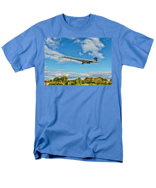 Concorde On Finals Men's T-Shirt  (Regular Fit) by Paul Gulliver