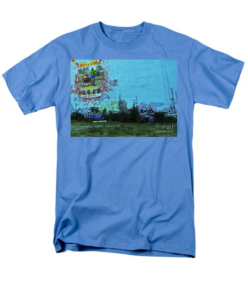 Men's T-Shirt  (Regular Fit) featuring the photograph Joga Bonito - The Beautiful Game by Andy Prendy