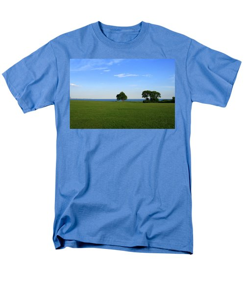 Men's T-Shirt  (Regular Fit) featuring the photograph Listening To The Breeze  by Neal Eslinger