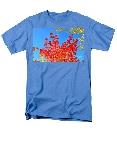 Men's T-Shirt  (Regular Fit) featuring the photograph Red Leaves by David Lawson
