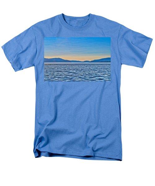 St. Lawrence Seaway Men's T-Shirt  (Regular Fit)