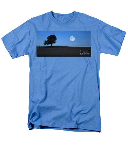 Men's T-Shirt  (Regular Fit) featuring the photograph Twilight Solitude by Sharon Elliott