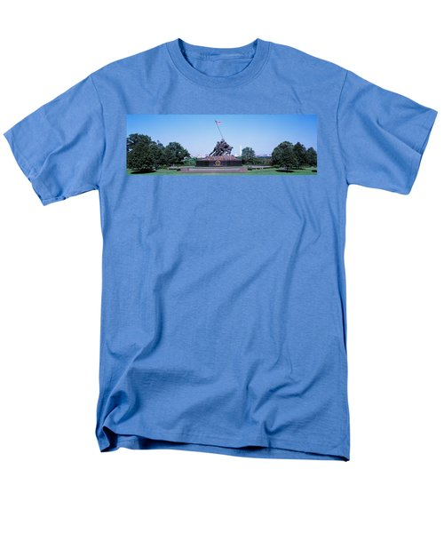 War Memorial With Washington Monument Men's T-Shirt  (Regular Fit) by Panoramic Images
