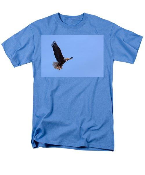 Men's T-Shirt  (Regular Fit) featuring the photograph Lift by Jim Garrison