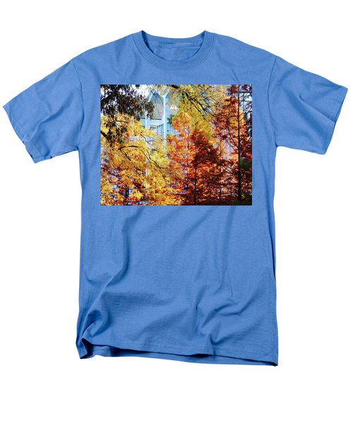 Men's T-Shirt  (Regular Fit) featuring the photograph Memphis College Of Art Overton Park Memphis Tn by Lizi Beard-Ward