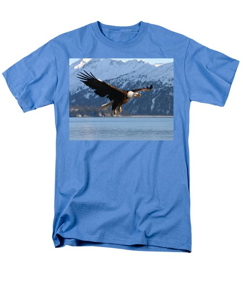 Screaming Eagle Men's T-Shirt  (Regular Fit) by Doug Lloyd