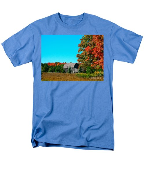 Old Barn In Fall Color Men's T-Shirt  (Regular Fit) by Robert Pearson