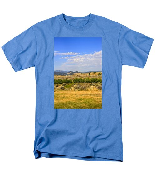 Big Sky Montana Men's T-Shirt  (Regular Fit) by Chris Smith