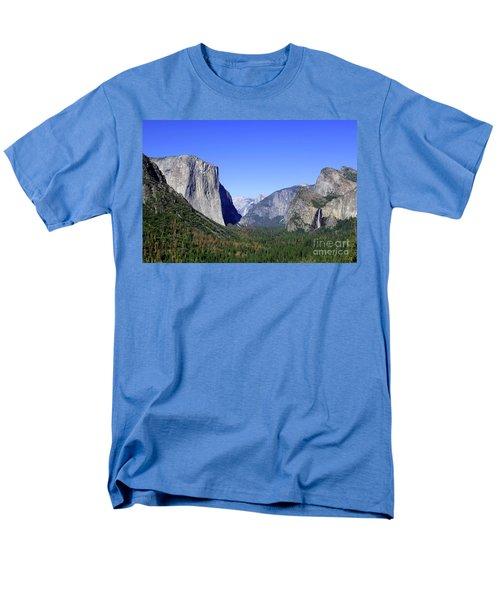 El Capitan Men's T-Shirt  (Regular Fit) by Joseph G Holland