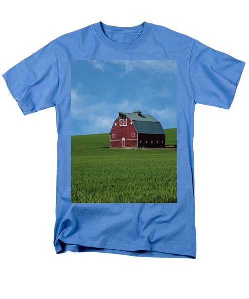 Old Red Barn In The Palouse Men's T-Shirt  (Regular Fit) by James Hammond