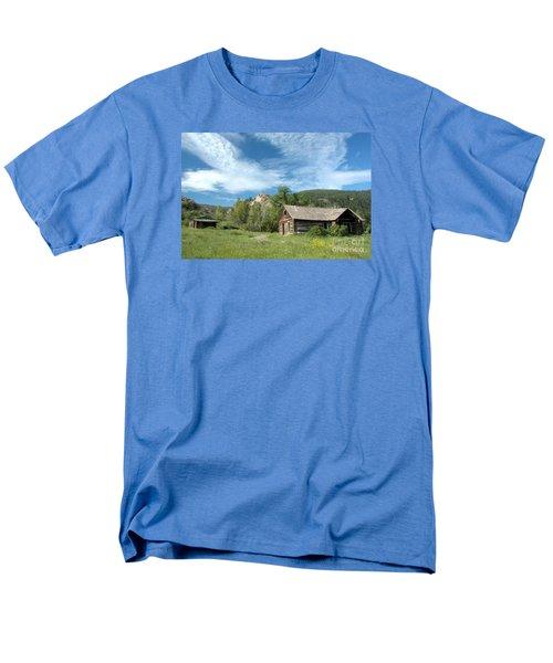 Abandoned Cabin Men's T-Shirt  (Regular Fit)
