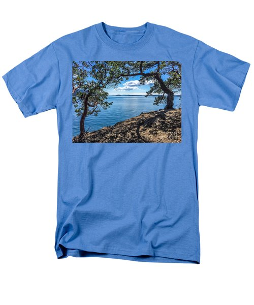 Men's T-Shirt  (Regular Fit) featuring the photograph Arch Of Trees by William Wyckoff