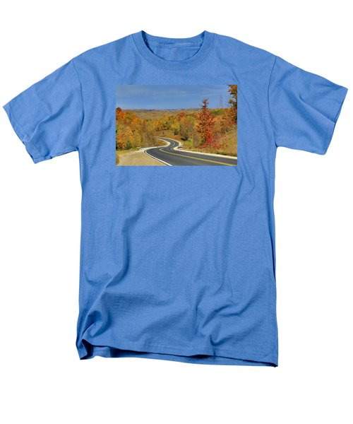 Autumn In The Hockley Valley Men's T-Shirt  (Regular Fit) by Gary Hall