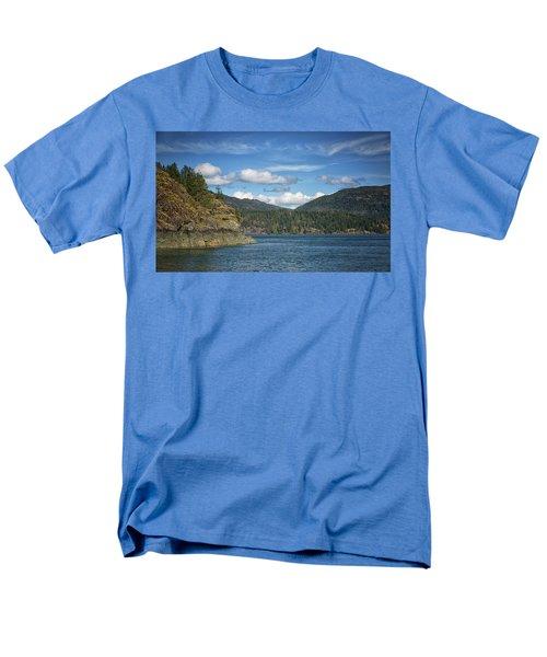 Browns Bay Men's T-Shirt  (Regular Fit) by Randy Hall
