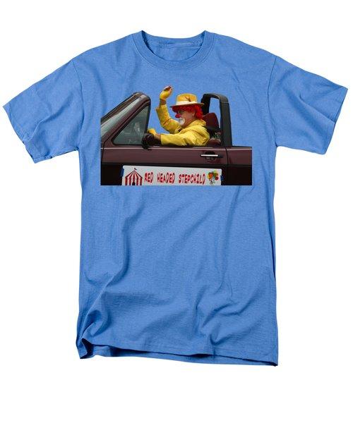 Christmas Parade Clown In Car Men's T-Shirt  (Regular Fit) by EricaMaxine Price