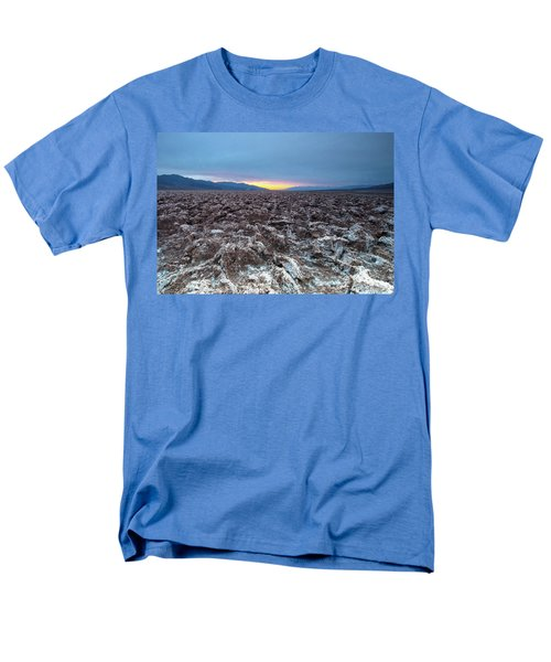 Men's T-Shirt  (Regular Fit) featuring the photograph Devil's Golf Course  by Catherine Lau