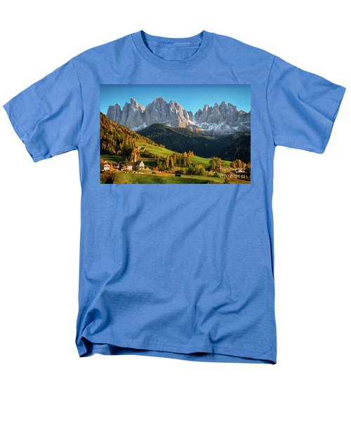 Dolomite Village In Autumn Men's T-Shirt  (Regular Fit)
