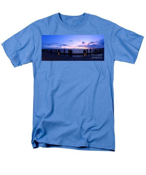 Enjoying The Beautiful Evening Sky Men's T-Shirt  (Regular Fit)