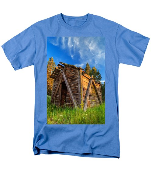 Evening Light On An Old Cabin Men's T-Shirt  (Regular Fit)