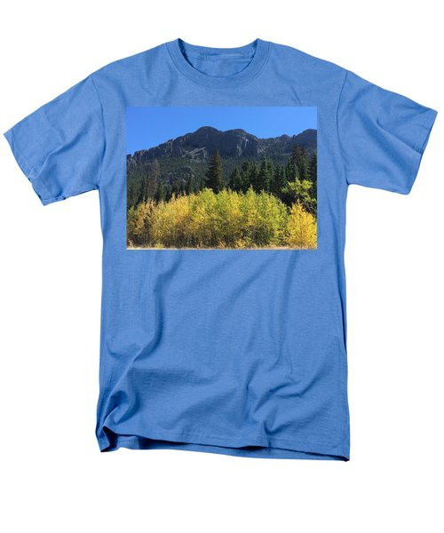 Fall At Twin Sisters Men's T-Shirt  (Regular Fit)