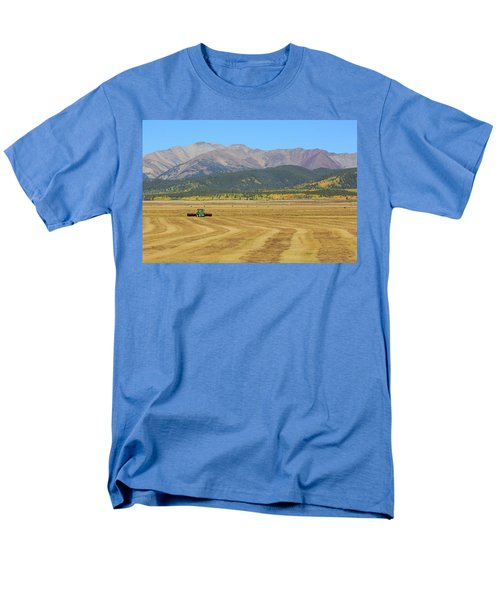 Farming In The Highlands Men's T-Shirt  (Regular Fit) by David Chandler