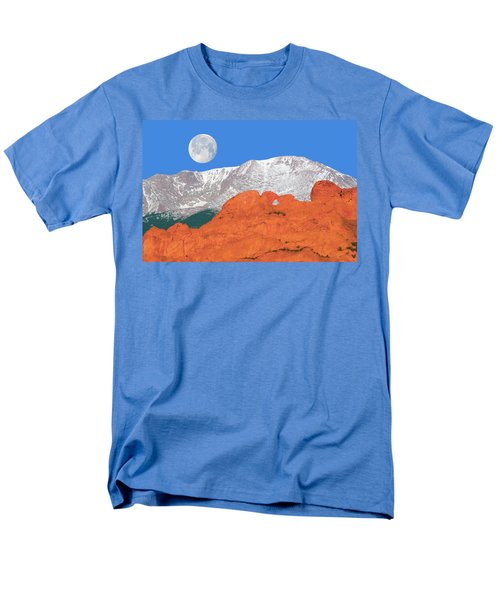 If You're Lucky Enough To Live In The Mountains, You're Lucky Enough.  Men's T-Shirt  (Regular Fit)