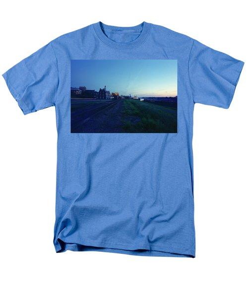 Night Moves On The Mississippi Men's T-Shirt  (Regular Fit)