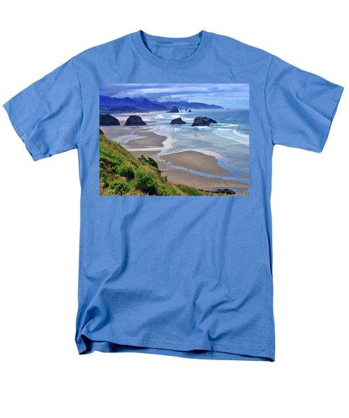 Oregon Coast Men's T-Shirt  (Regular Fit) by Scott Mahon