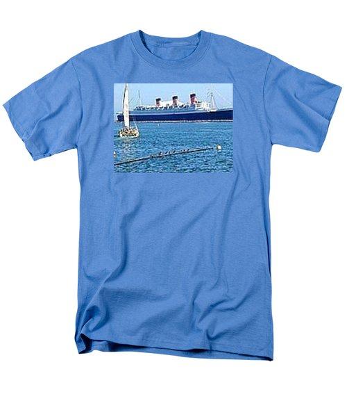 Queen Mary Men's T-Shirt  (Regular Fit) by James Knecht