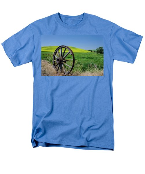 Rustic Wagon Wheel In The Palouse Men's T-Shirt  (Regular Fit) by James Hammond