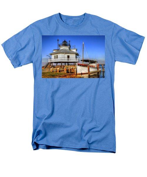 St Michaels Lighthouse Men's T-Shirt  (Regular Fit) by Dave Mills
