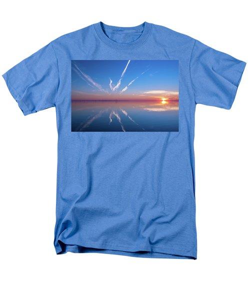 The Mirror Men's T-Shirt  (Regular Fit)