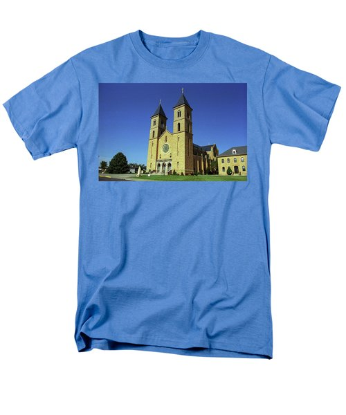 Men's T-Shirt  (Regular Fit) featuring the photograph Victoria, Kansas - Cathedral Of The Plains 6 by Frank Romeo