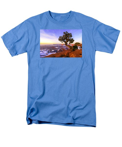 Winter At Dead Horse Men's T-Shirt  (Regular Fit) by Chad Dutson
