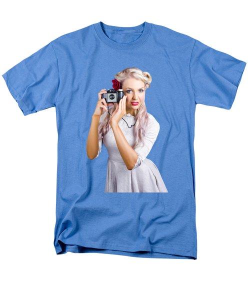Woman Using Retro Film Camera Men's T-Shirt  (Regular Fit)
