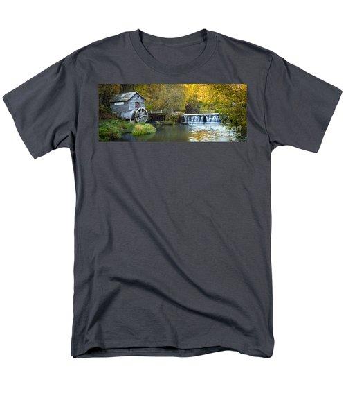 0291 Hyde's Mill Wisconsin Men's T-Shirt  (Regular Fit) by Steve Sturgill