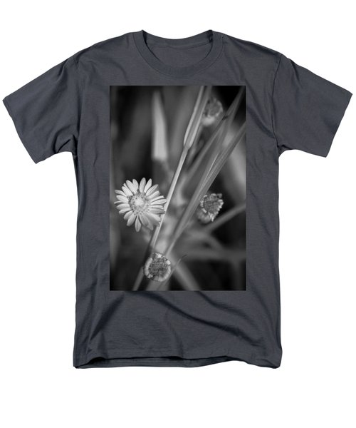 Men's T-Shirt  (Regular Fit) featuring the photograph Loxahatchee Flower by Bradley R Youngberg