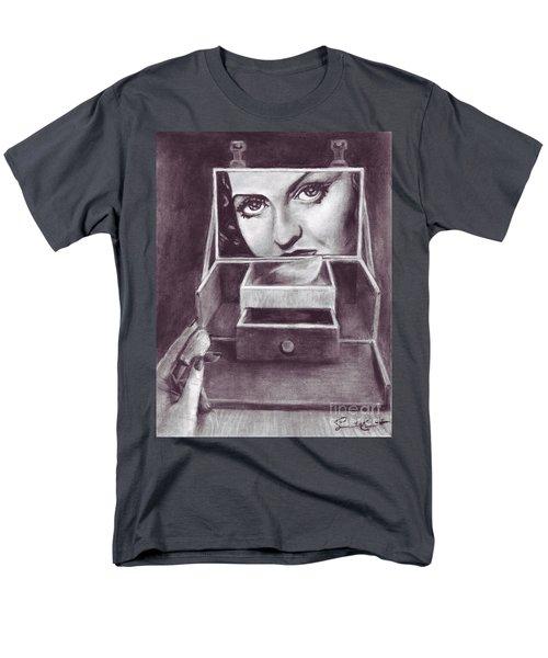 1 Minute Miss Davis Men's T-Shirt  (Regular Fit) by Samantha Geernaert