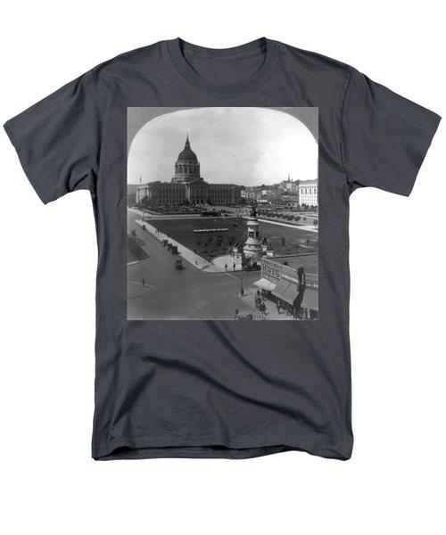San Francisco City Hall Men's T-Shirt  (Regular Fit) by Granger