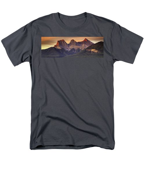 3 Sisters Canmore Alberta Men's T-Shirt  (Regular Fit) by Diane Dugas