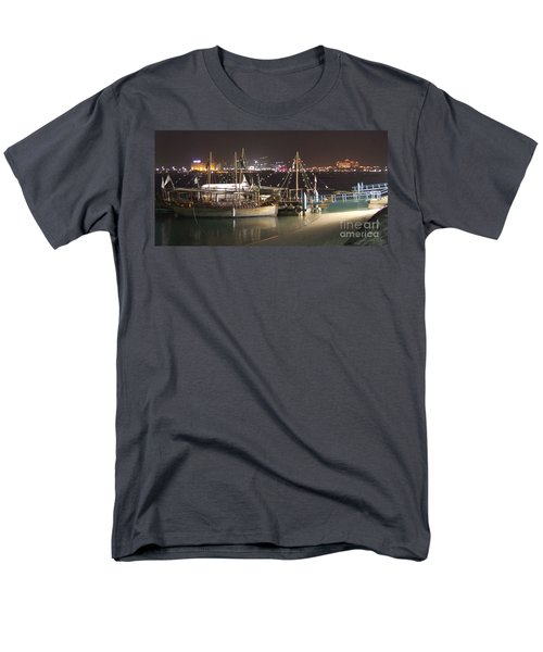 Abu Dhabi At Night Men's T-Shirt  (Regular Fit) by Andrea Anderegg