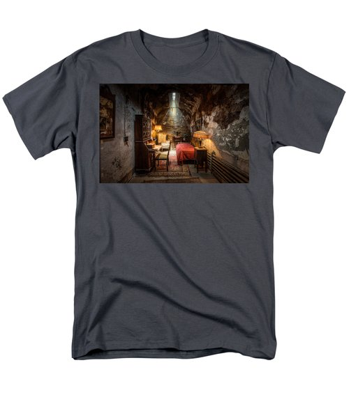 Al Capone's Cell - Historical Ruins At Eastern State Penitentiary - Gary Heller Men's T-Shirt  (Regular Fit) by Gary Heller