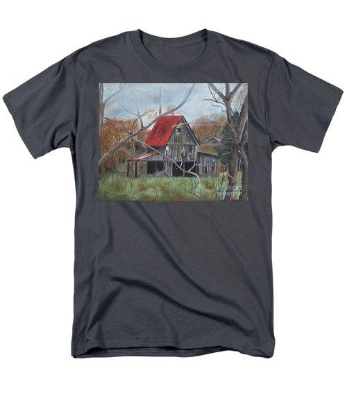 Barn - Red Roof - Autumn Men's T-Shirt  (Regular Fit) by Jan Dappen