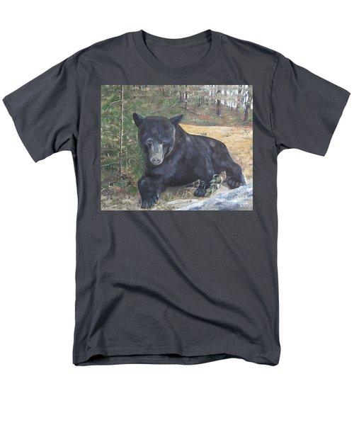 Black Bear - Wildlife Art -scruffy Men's T-Shirt  (Regular Fit) by Jan Dappen