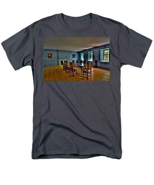 Men's T-Shirt  (Regular Fit) featuring the photograph Blue Room Wren Building by Jerry Gammon