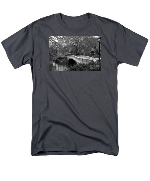 Bow Bridge Nyc In Black And White Men's T-Shirt  (Regular Fit) by Christiane Schulze Art And Photography