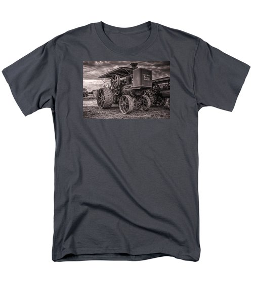 Buffalo Pitts Steam Traction Engine Men's T-Shirt  (Regular Fit) by Shelly Gunderson