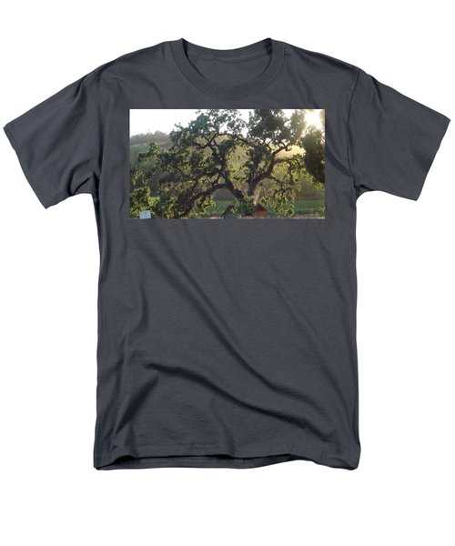 Men's T-Shirt  (Regular Fit) featuring the photograph Cali Setting by Shawn Marlow