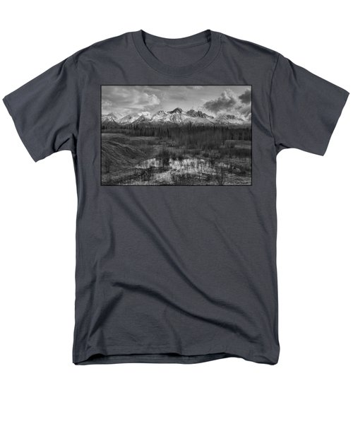 Chugach Mtn Range Men's T-Shirt  (Regular Fit)